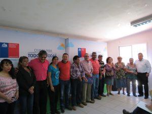 autoridades-y-beneficiarios-de-la-comuna