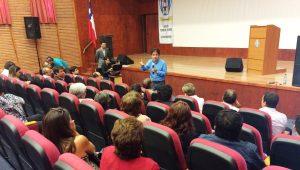 Intendente Vargas presenta avance de reconstrucción a vecinos